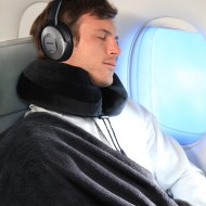 travel-Man-with-Comfort-Pillow