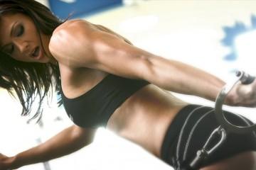 shoulder workout women